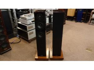 加拿大 枫叶之声 MT1 音箱(配声美力垫板)