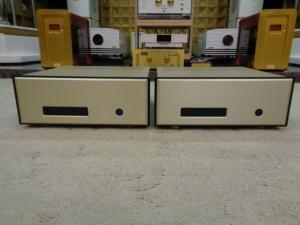 瑞士 FM 115 单声道后级两台