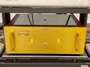 瑞士 DarTZeel 达霄 NHB-108 Model Two 后级