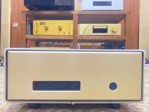 瑞士 FM Acoustics 711 后级 后期版本