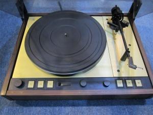 多能士Thorens TD126MKIV【签名版】黑胶唱盘