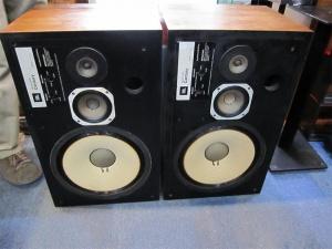 JBL早期直线版L-100音箱
