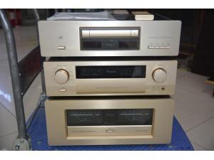 金嗓子CD机DP65+前级C2110+后级P550