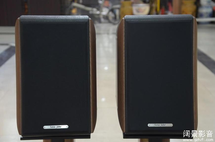 世霸/Sonus Faber Toy-One 实木真皮书架式扬声器原包几乎全新_