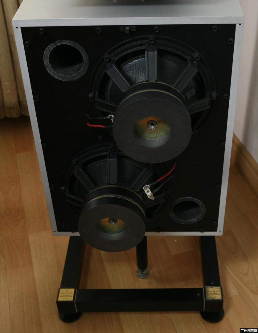音箱内部的结构示意图