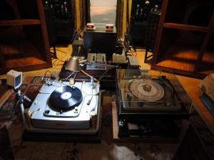 本人正在用的CARRARD-301灰盘+EMT139A顶级唱放.