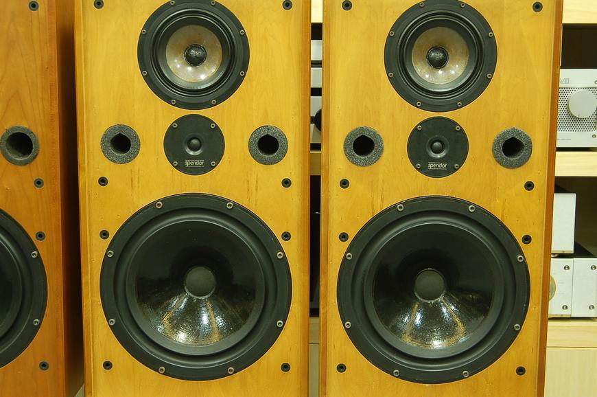 英国 思奔达 SP100 经典音箱