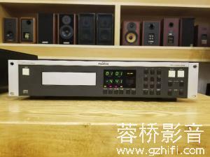 德国 瑞华士REVOX 221 CD机