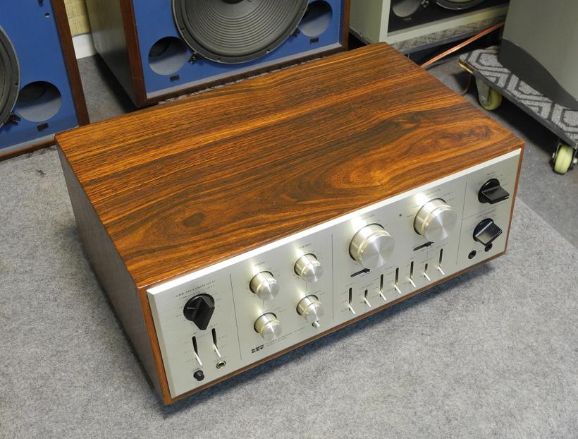功放LuxmanA-3400胆前级_图纸Amplifiers_机构审图力士建筑图片