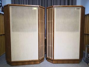天朗Tannoy AUTOGRAPH大型古董旗舰三角音箱