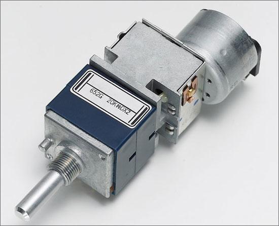 采用独家电流反馈电路的合并式功放