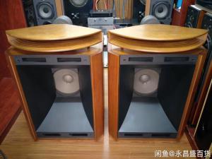 《经典名箱 》Exclusive TAD 2301号角 音箱 成色很好,非常经典的一款落地箱