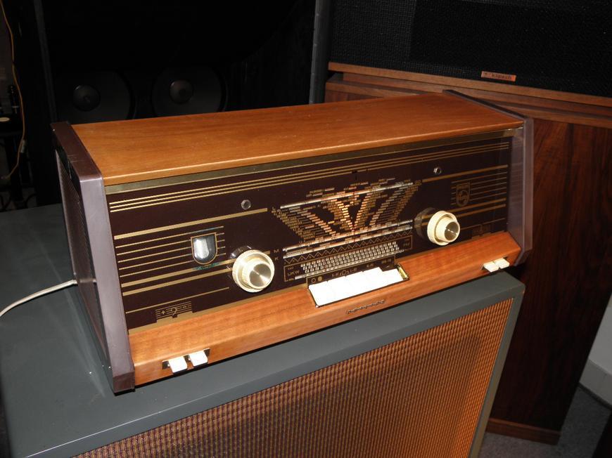 飞利蒲pl16605胆收音机(已售出)图片