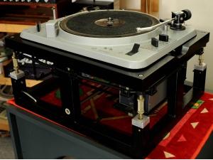 德国EMT930ST黑胶唱盘及机架配155ST-MC唱放(已售出)
