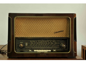 TELEFUNKEN德律风根conceitino7古董胆收音机