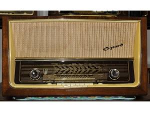 (已售出)TELEFUNKEN德律风根OPUS8 FM AM旗舰古董胆收音机