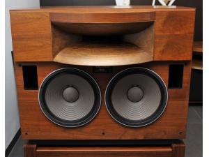 (已售出)TAD EXCLUSIVE 2401 双16寸号角钴磁顶级旗舰音箱
