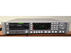 (已售出)瑞士电台使用STUDER D731CD机采用飞利浦CDM4PRO光头TDA1547解码平衡牛输岀