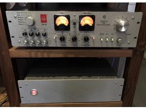 (已售出)德国EMT JPA-66红灯版胆前级 带黑胶MC MM唱放