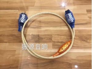 荷兰 晶彩 CRYSTAL CABLE THE ULTIMATE DREAM 1.5米 电源线
